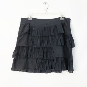 Gap Ruffled Gray Skirt side zipper Size 10